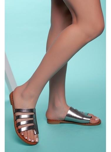 Muggo Hakiki Deri Sandalet Gümüş